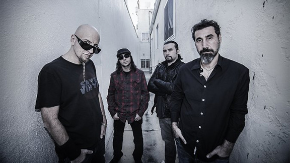 System Of A Down (Photo: Frank Maddocks)