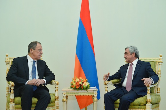 President Sarkisian (right) meets with Russian Foreign Minister Sergei Lavrov