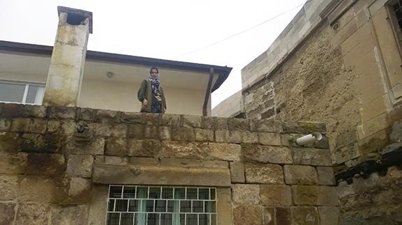 'Armenians brought a machine,' the woman says (Photo: Aris Nalci)