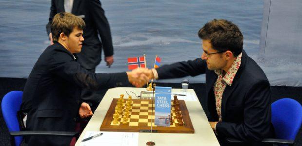 Armenia's Levon Aronian and Norway's  Magnus Carlsen