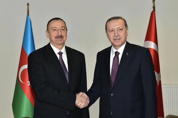 Azeri President Ilham Aliyev (left) with his Turkish counterpart Recep Tayyip Erdogan