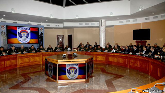 Senior military officials hold a meeting at the Armenian Ministry of Defense in Yerevan in January (Photo: President.am)