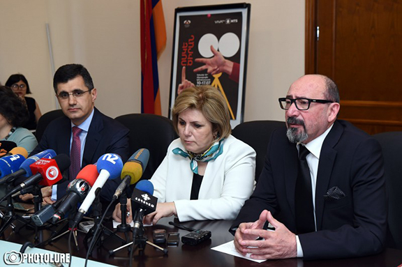 Harutyun Khachatryan, Director of the Golden Apricot International Film Festival at a press conference press conference hosted by the Ministry of Culture (Photo: Photolure)
