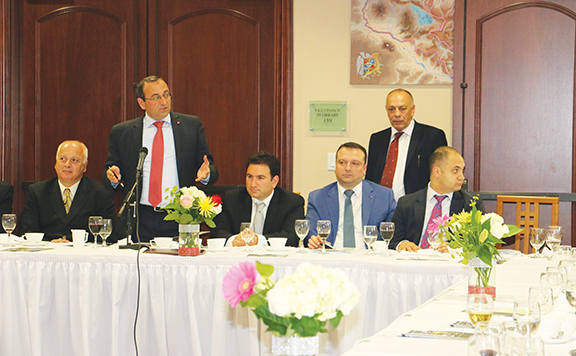 Economy Minister Artsvik Minasyan at Armenian-American Business Council Forum
