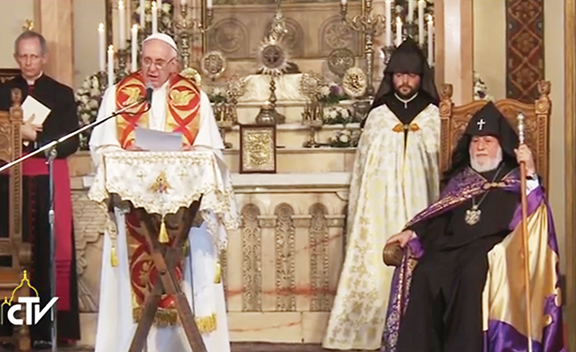 Pope Francis offers prayers at Holy Etchmiadzin