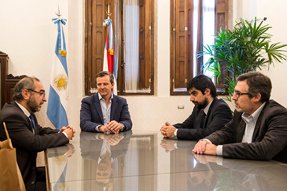 The province of Entre Rios, Argentina, approved a law adhering to the National Law 26,199 of recognition of the Armenian Genocide (Photo: Agencia Prensa Armenia)