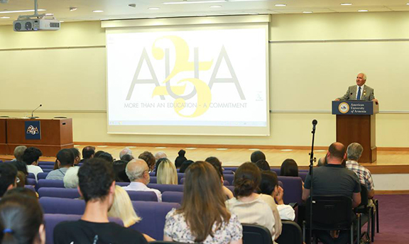 Jim Costa speaking at the American University of Armenia on July 20. (Photo: AUA Facebook page)