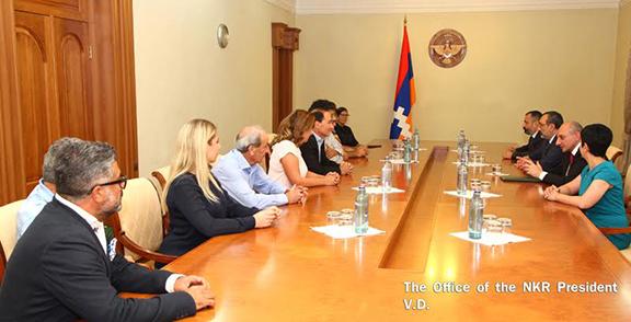 Writer Chris Bohjalian and delegation from the Tufenkian Foundation meet with Artsakh President Bako Sahakian on August 31, 2016 (Photo: president.nkr.am)