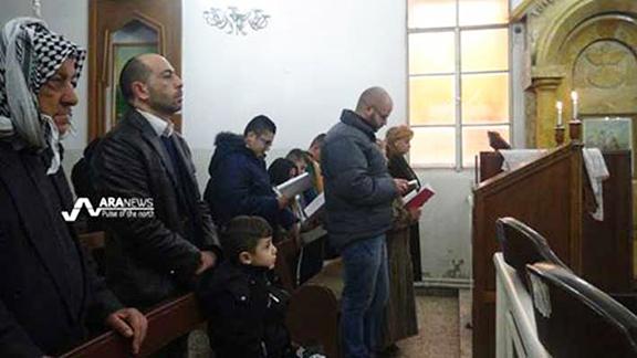 Hasakah Armenians in Armenian Church (Photo: Ara News)