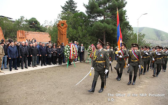 Monument in memory of perished freedom fighters in Sisian, Artsakh took place on Oct. 29, 206 (Photo: president.nkr.am)