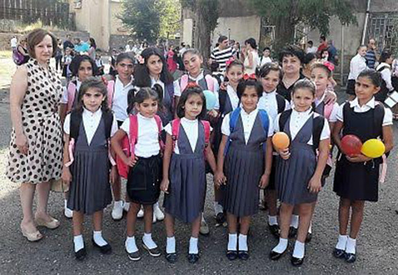 Mer Hooys girls at their first day of school in Yerevan