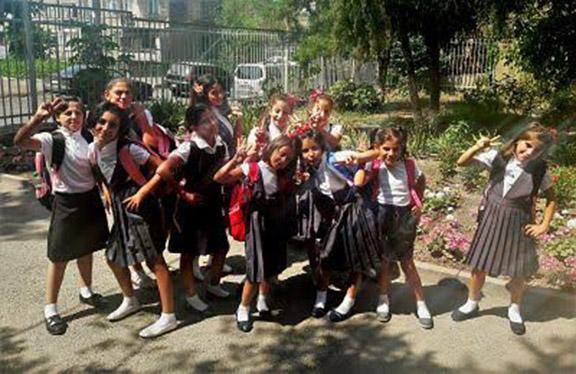 Mer Hooys girls ready for school