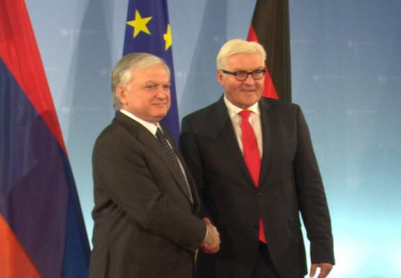Armenian Foreign Minister Edward Nalbandian (right) meets his German counterpart Frank-Walter Steinmeier in Berlin on Thursday. (Photo: mfa.am)