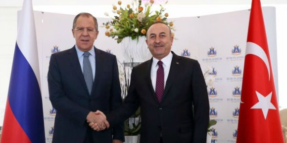 Russian Foreign Minister Sergey Lavrov meets Turkish counterpart Mevlut Cavusoglu in Turkey on Dec. 1m 2016 (Photo: Turkish Ministry of Foreign Affairs)