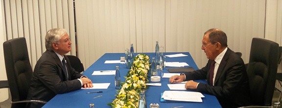 Armenian and Russian Foreign Ministers Nalbandian and Lavrov meet in Hamburg on Thursday (Photo: mfa.am)