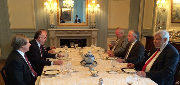 Round table with Armenian and Azerbaijani Foreign Ministers, the OSCE Minsk Group Co-Chairs, and the Personal Representative of the OSCE Chairman-in-Office (Photo: mfa.am)