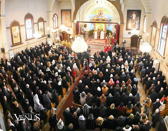The throngs of Aleppo Armenians who attended Christmas Mass