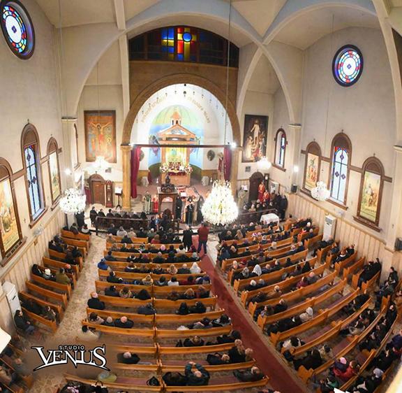 The community attends special church services headed by Catholicos Aram I (Photo: Studio Venus)