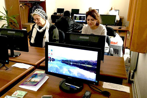 The National Library of Armenia received a donation of five computers and one server on behalf of the Hayastan All-Armenian Fund