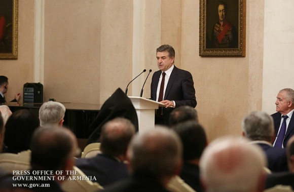 Prime Minister Karapetian speaks to audience in Armenian Embassy in Moscow on Jan. 25, 2017 (Photo: gov.am)