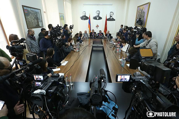 A scene from the ARF press conference in Yerevan (Photo: Photolure)