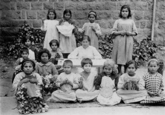 Armenian refugee children in Syria after fleeing Armenian Genocide in Ottoman Turkey (Image: The Armenian Genocide Museum-Institute)
