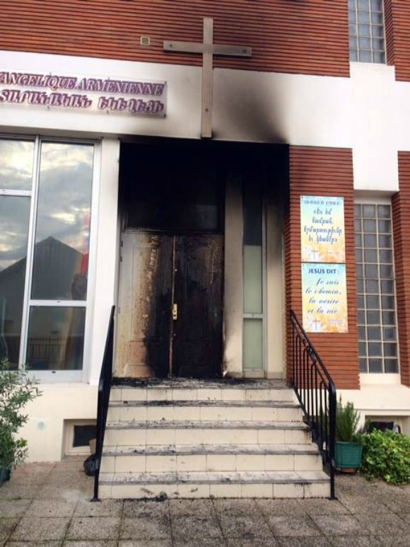 A fire erupted in the Armenian Evangelical Church of Alfortville at around 6 a.m. on the morning of April 2 in what is being described as an arson attack—the third attack on the church in the last 12 months.
