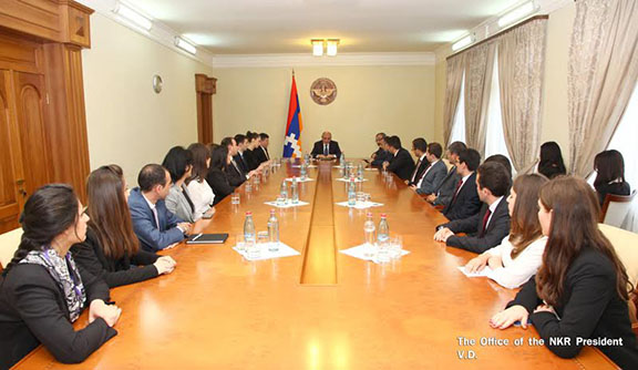 Artsakh President Bako Sahakian meets with students of the Diplomatic School of Armenia on May 13, 2017 in Stepanakert (Photo: President of the Republic of Artsakh)