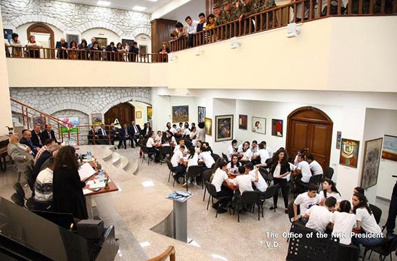 """Artsakh President Bako Sahakian visit youth event """"Brain Ring"""" in Shushi"""