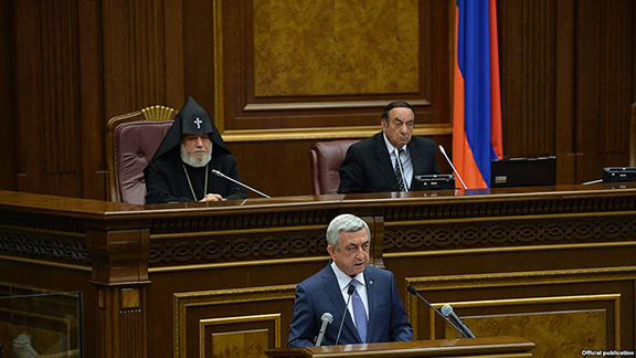 Armenian President Serzh Sarkisian addresses parliament on May 18, 2017 in Yerevan (Photo: National Assembly of Armenia)