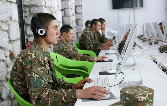 The program is a joint initiative between the TUMO Center for Creative Technologies and the Defense Ministry of the Republic of Armenia. (Photo: TUMO Center for Creative Technologies)