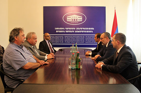 Foreign Minister Karen Mirzoyan meeting with the group of scientists and experts
