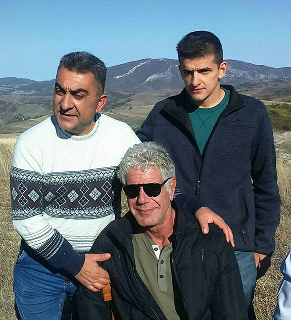 Anthony Bourdain with locals in Artsakh (Photo by Saro Saryan)