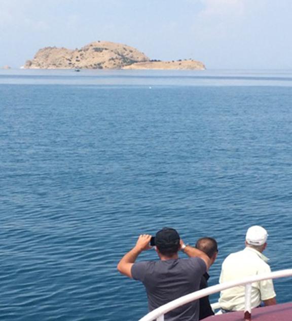 Akhtamar island from the boat