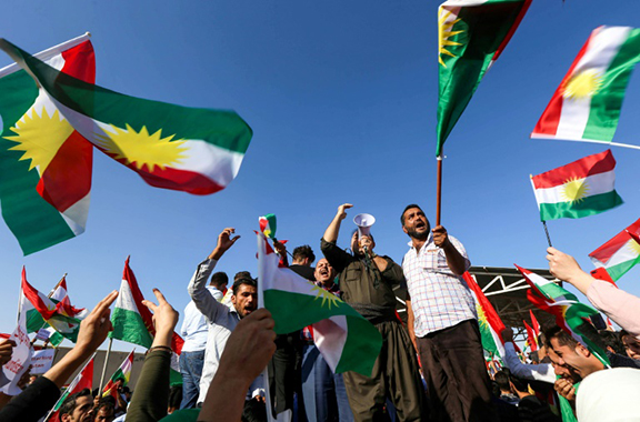 Iraqi Kurds protest in their regional capital Arbil on October 21, 2017, as tensions soar with Baghdad. (Photo: SAFIN HAMED/AFP)
