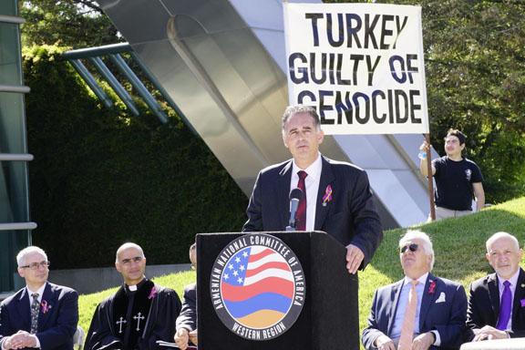 Danny Tarkanian speaking at an ANCA Las Vegas Genocide commemoration