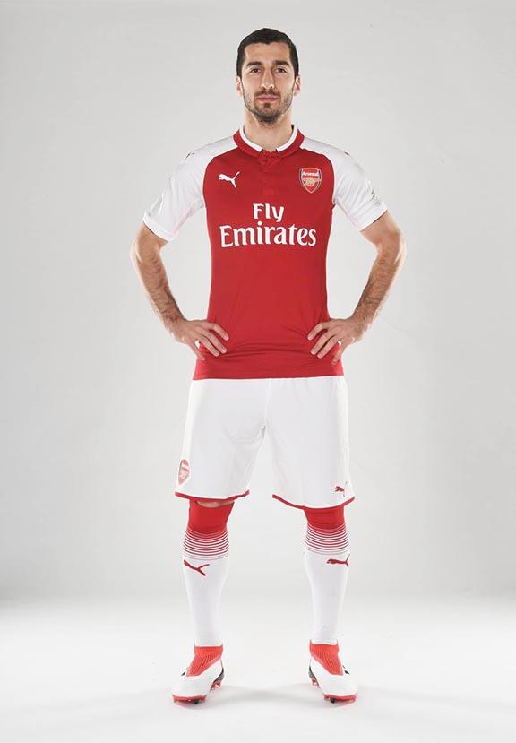 Henrikh Mkhitaryan in his new Arsenal uniform