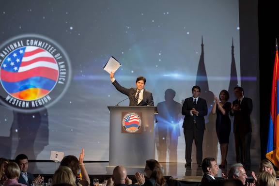 """Senator Kevin de Leon during the 2014 ANCA-WR banquet where he received the organization's """"Legislator of the Year"""" award"""