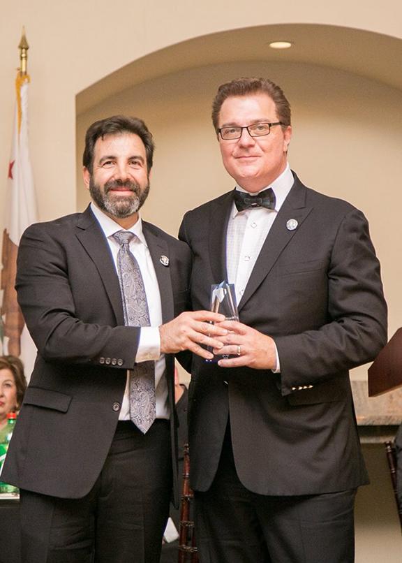 Dr. Boris Bagdasarian (Class of 1982) received the 2018 Mesrobian Alumni Achievement Award