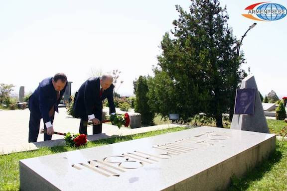 Presidnet Armen Sakissian with Defense Minister Vigen Sagsyan at Yerablur National Cemetery following the inauguration