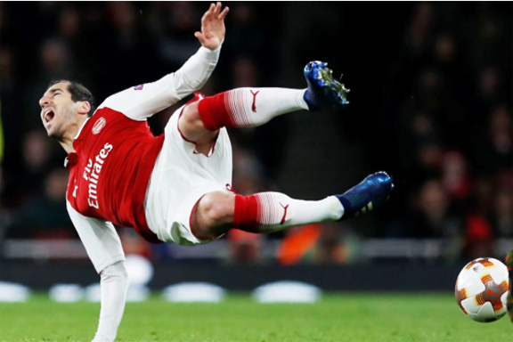Henrikh Mkhitaryan sustained a knee injury during Thursday's match with Moscow