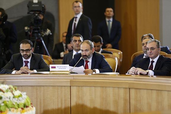 Prime Minister Nikol Pashinyan addresses the Eurasian Economic Union summit in Sochi