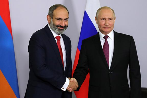 In Sochi, Russia, Prime Minister Nikol Pashinyan (left) met with Russian President Vladimir Putin