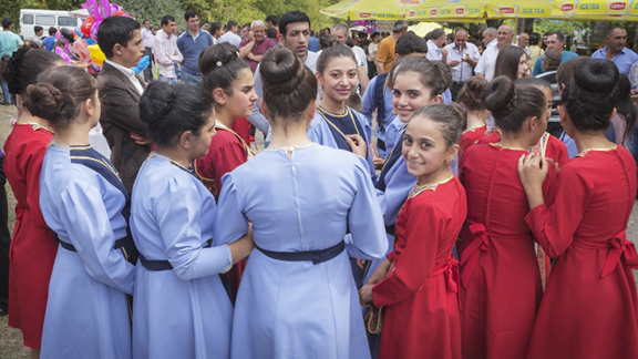 A youth dance group prepares for their performance at the annual Areni Wine Festival in Armenia. (Photo by Sossi Madzounian, Smithsonian Institution)