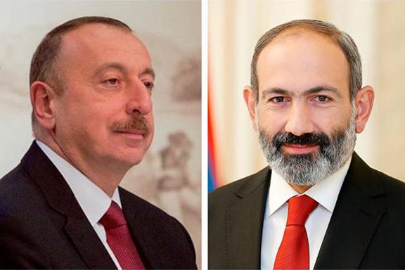 Azerbaijan;s President Ilham Aliyev (left) and Armenia's Prime Minister Nikol Pashinyan