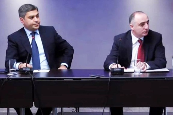Armenia's National Security Service Chief Artur Vanetyan and Special Investigative Service head Sasun Khachatryan during a press conference on September 11