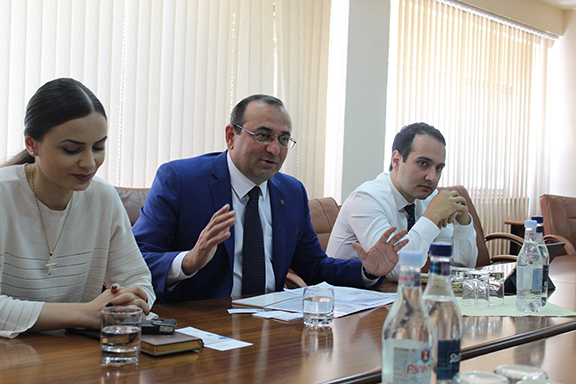 From left to right: Deputy Minister Mane Adamian, Minister Artsvik Minasyan, and Deputy Minister Avag Avanesyan.