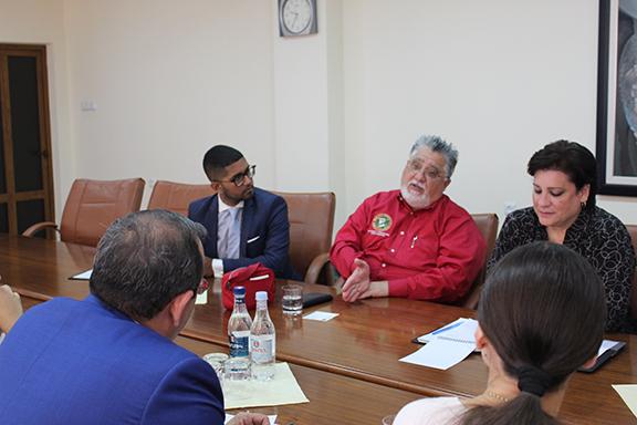 CA State Senator Anthony Portantino addressing Minister Artsvik Minasyan.