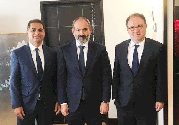 CCAF co-chairs, ARF Bureau member Murad Papazian (left) and Ara Toranian (right) flank Prime Minister Nikol Pashinyan in Paris on Sept. 14