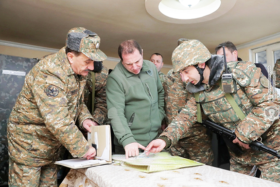 Defense Minster Davit Tonoyan (center) confers with military personnel during his visit to Tavush on Feb. 26, 2019